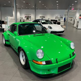 @loebermotors is showing off some of our #perfectpowerinc favorites #speedwaygreen and an all original, 45,000 mile 75 Carrera. Yup. That paint is all original and spectacular! For sale!!